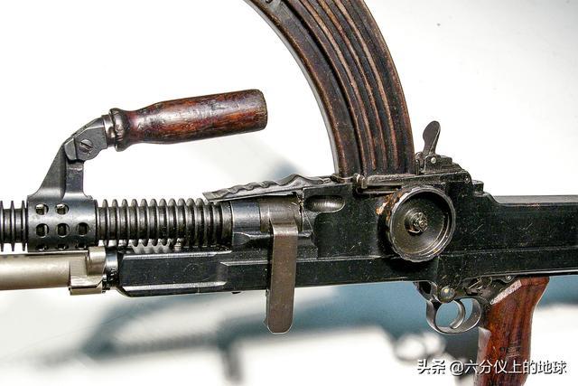 国产捷克式轻机枪