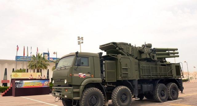 叛军频繁偷袭,俄罗斯导弹果断开火,击落60余架无人机