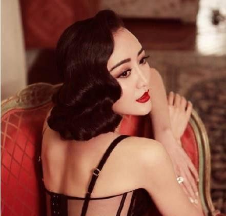 王鸥图片短裙装