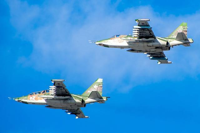 战斗打响!叙利亚突然发起进攻,俄伊埃三国公开提供火力支持