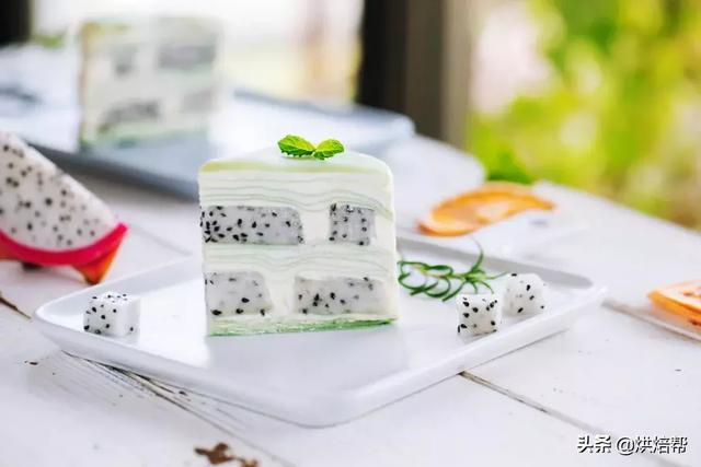 清新淡雅的千層蛋糕,外面私房店都買不到的口味,輕松教你在家做
