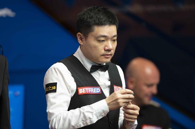 斯诺克世锦赛第四日前瞻:奥沙利文颜丙涛晋级在望,墨菲迎来首秀