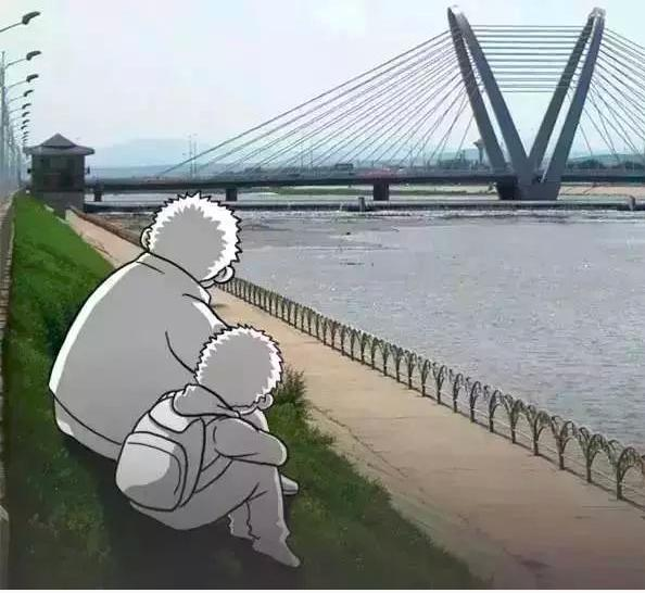 一组暖心的漫画,爸爸的爱总是不善于表达,一直偷偷的爱着我们!