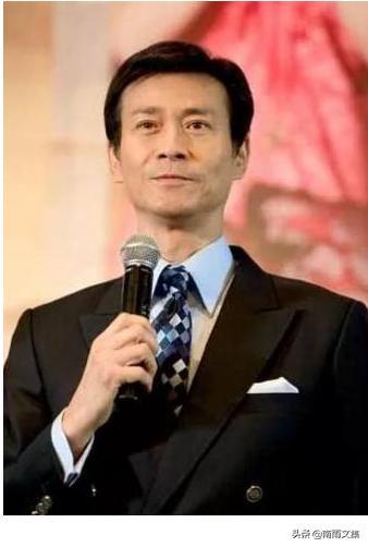 网传黑社会头目的10大明星:赵本山竟然居第一位_手机网易网