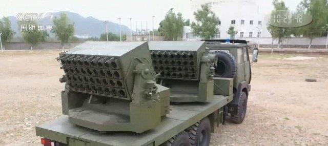 解放军装备烟雾发射车,10秒能将座山遮盖,让导弹命中率降低80%