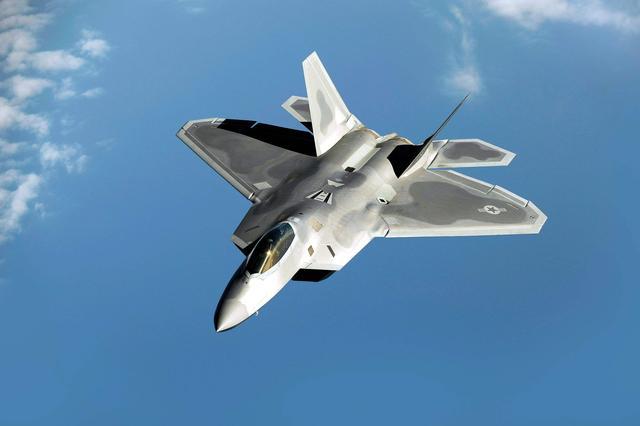 撕开中俄防空的杀手锏,美新一代轰炸机提前采购,美国意图不简单