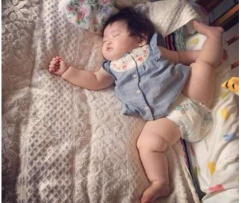 宝宝睡姿和性格有关吗?其实还有更重要的东西需要妈妈注意