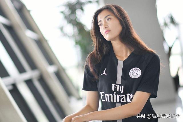 中国女足守门员赵丽娜