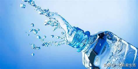 一天需要喝多少水?要不要一天八杯水