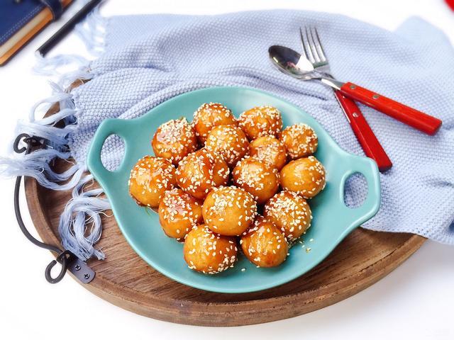 土豆丸子我家喜欢这样做,不油炸更简单,爽滑鲜嫩小孩特别喜欢吃