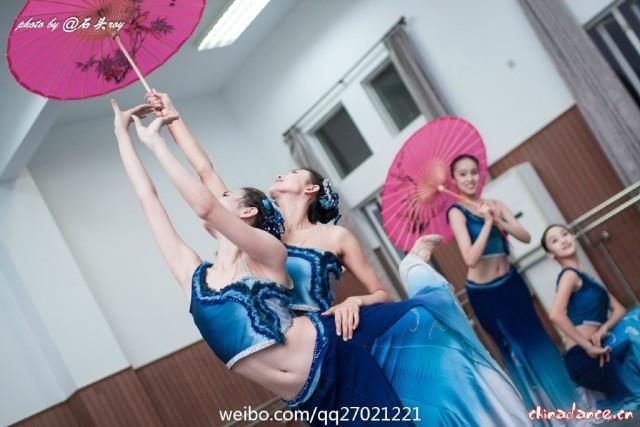 舞蹈袜袜小学女生照片