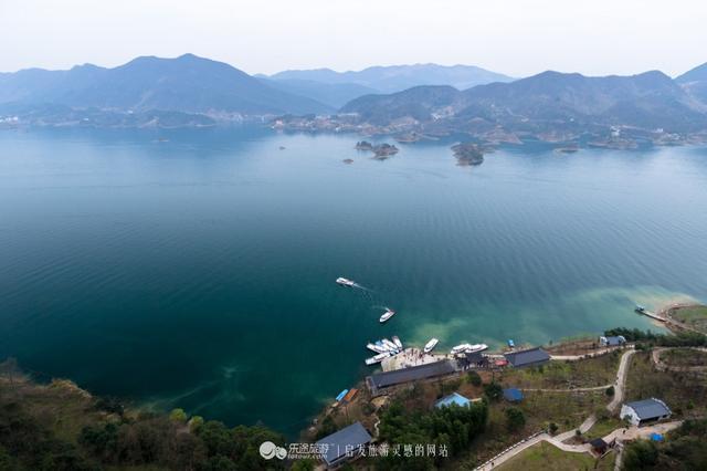 绝美仙岛湖:夺天地造化喀斯特山水奇景,船在岛中行,人在画中游