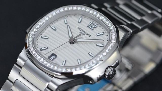 时尚经典 百达翡丽Nautilus系列女士玫瑰金镶钻腕表
