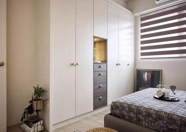 越来越多人在卧室这样设计衣柜,好看又省空间,有钱人都这样做