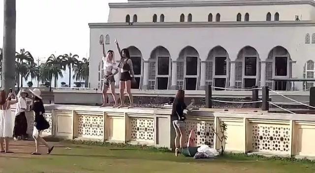 中国女游客巴厘岛遭性侵,旅行社最新回应:是客人自行购买的项目