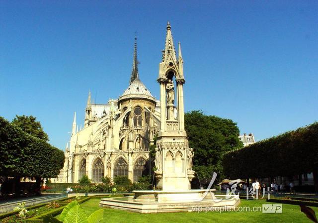 巴黎圣母院现照