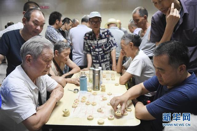 重庆开放近百防空洞地下仓储,可同时供1.5万市民百日纳凉