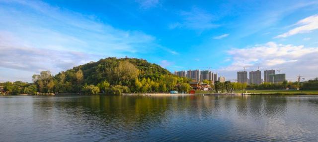 贵阳东山公园图片