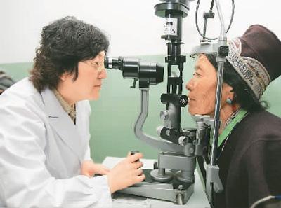 厦门眼科专家黎晓新