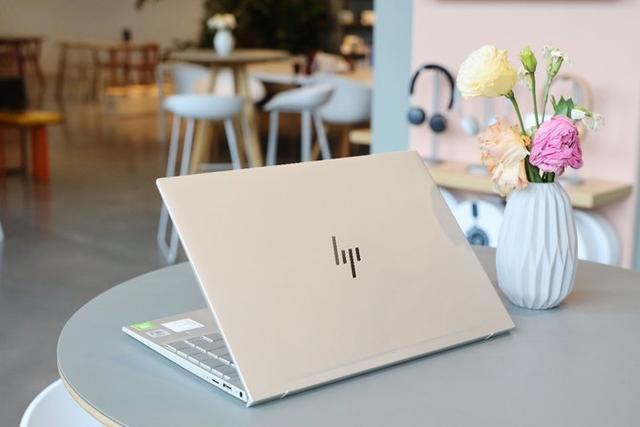 惠普1厘米超薄笔记本发布,看完不想要MacBook了