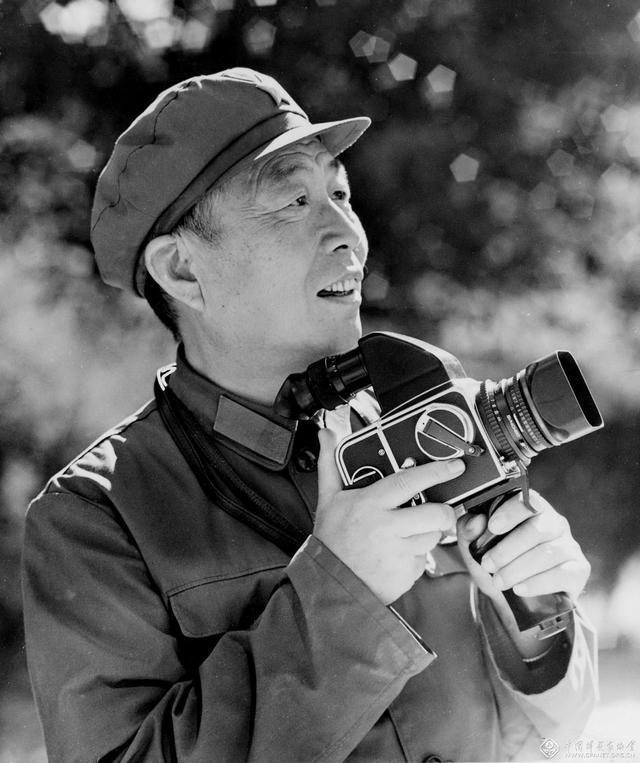 原解放军报社摄影组长、中国文联终身成就艺术家郝建国逝世