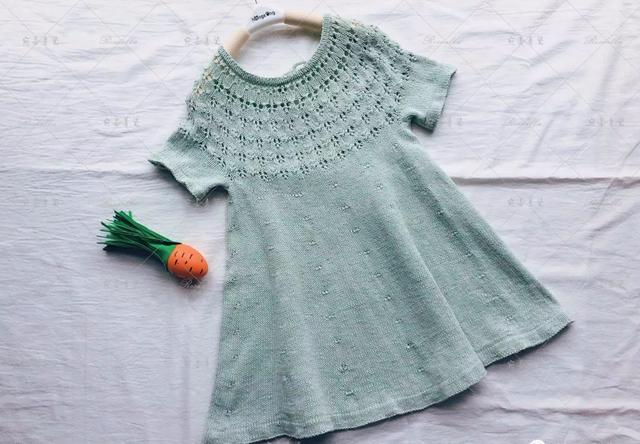 儿童长袖连衣裙