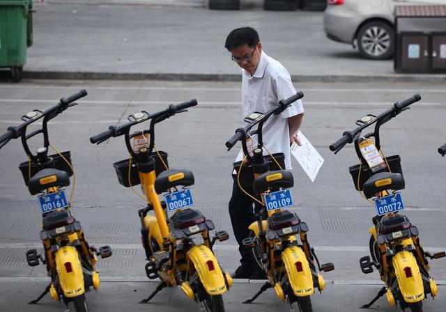 """共享电单车""""下县城"""",是不是一门好生意?"""