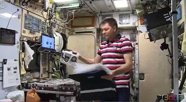 宇航员首次在国际空间站上3D打印了人体组织