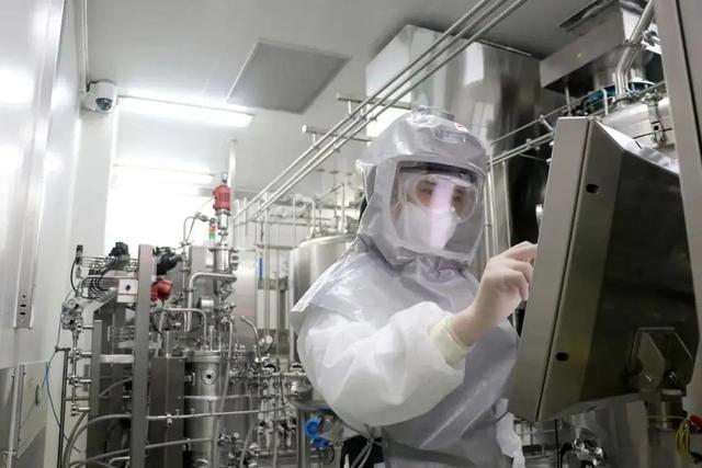 疫苗可投入大规模生产了!全球首个新冠灭活疫苗生产车间通过生物安全检查
