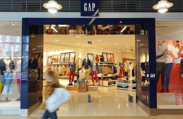 GAP败退、ZARA利润暴跌,快时尚是怎么被时代抛弃的?