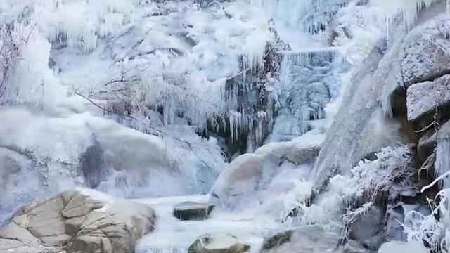 九如山雪景照片