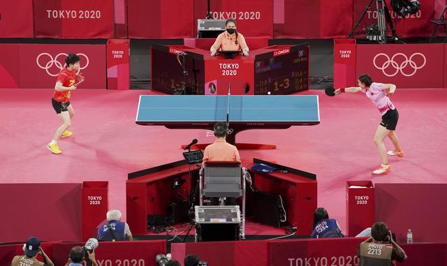 乒乓球——女单:陈梦夺冠