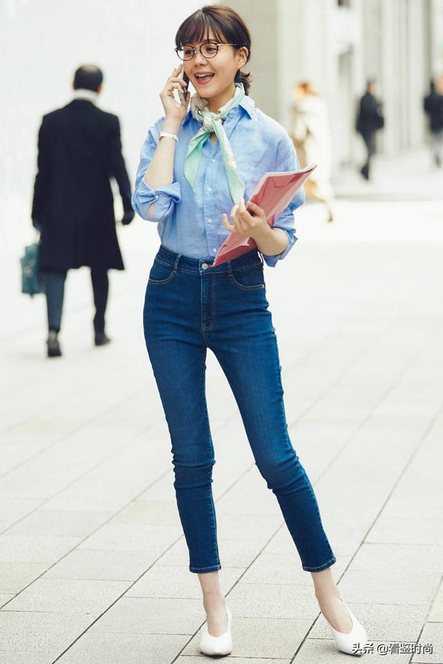 初秋像日本美眉一样穿搭,提升上班一族穿衣风格,让你超凡脱俗