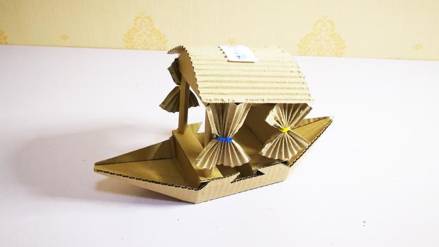 手工纸船装饰