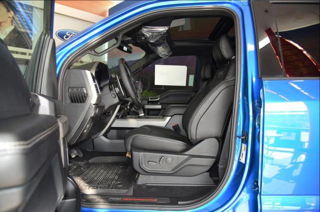 一款比普拉多还野的车,轴距3米7车重2.6吨,真男人座驾福特F-150