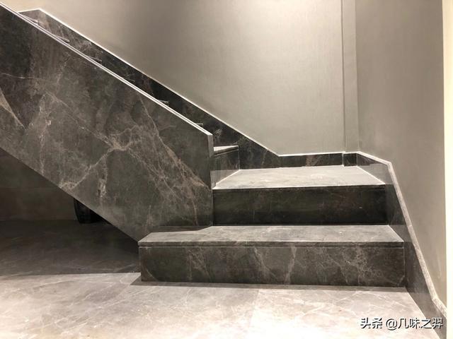 大理石楼梯扶手效果图