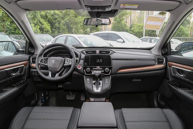 """下半年买车请留意,这几台""""叫好又叫座""""的SUV可供参考"""
