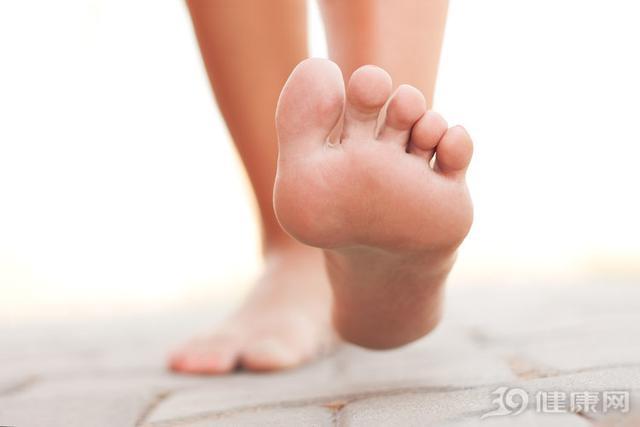 每天走多少步才有益健康?忠告:如果可以,尽量到达标准步数