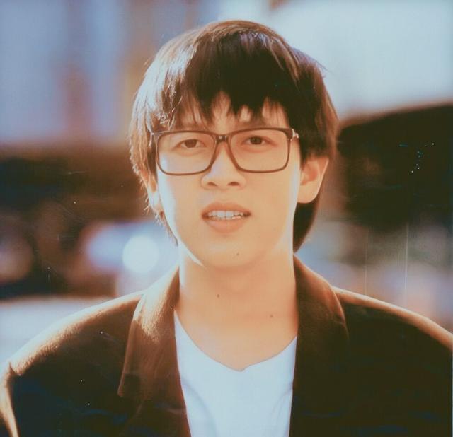 张雨生是双子座,被称为传奇歌手,事业顶峰时遇车祸身亡!