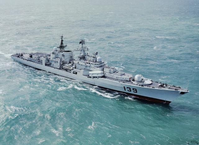 海军052c型导弹驱逐舰