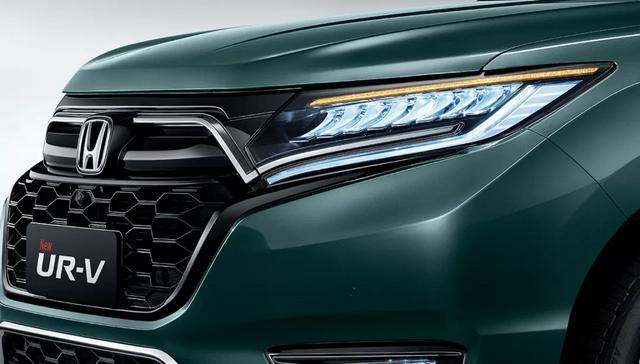 同样30万,你愿意买合资中型SUV UR-V还是豪华紧凑SUV冒险家?