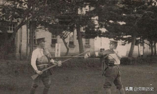日军鬼子在训练,难得一见的照片