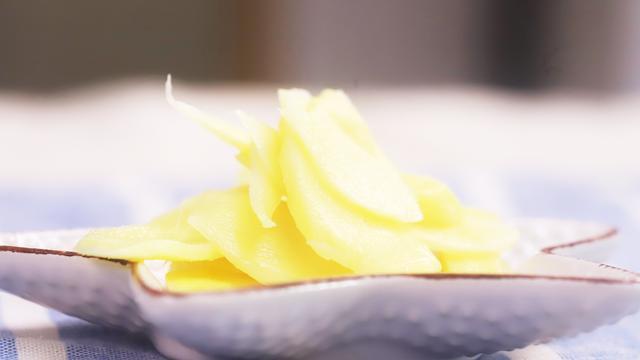 仔姜这样腌制,清脆爽口,简单易学,看着就很有食欲