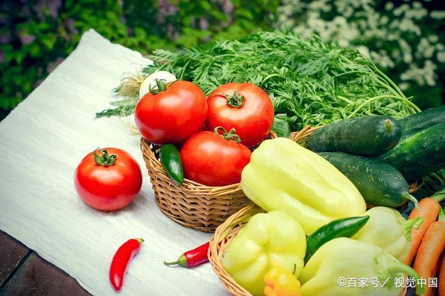 """夏季腌仔姜时,别只加辣椒和盐,放1把""""它"""",香辣开胃更好吃"""