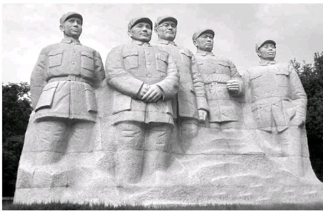 淮海战役手抄报