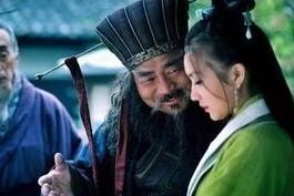 陈公抓到曹操,两人互拜,一起去打董卓_网易视频