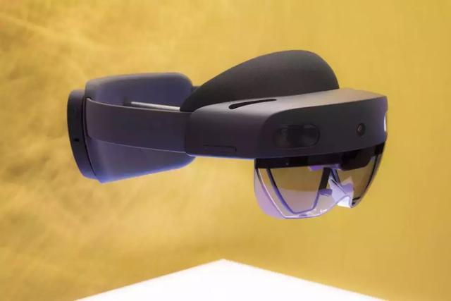 微软发布新一代混合现实(MR)头显 HoloLens 2