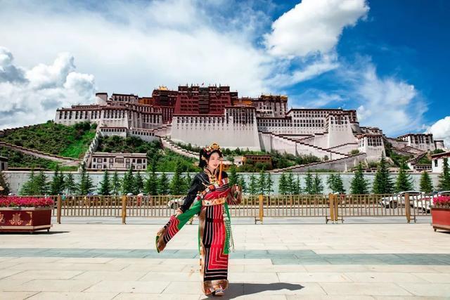 西藏拉萨图片庙