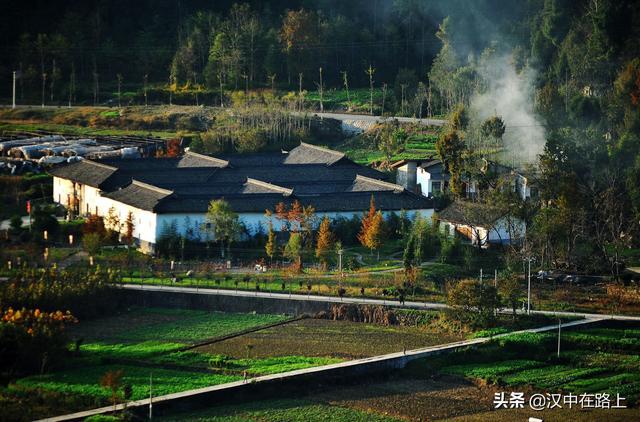 青木川古镇图片