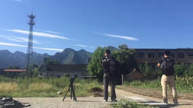 西安钟楼人为拍摄图片